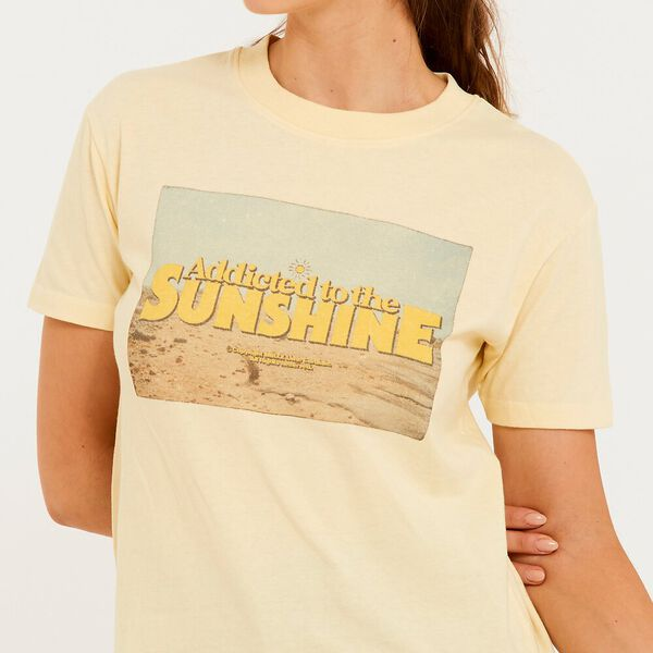 Sun Addict Tee, Golden Haze Yellow, hi-res